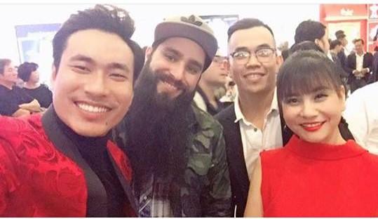Vợ cũ Phan Thanh Bình khoe thềm ngực đầy khiến fan phát sốt