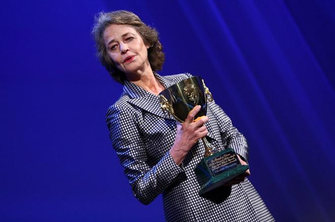 Phim cô gái câm yêu quái vật giành giải Sư tử vàng tại Venice 2017