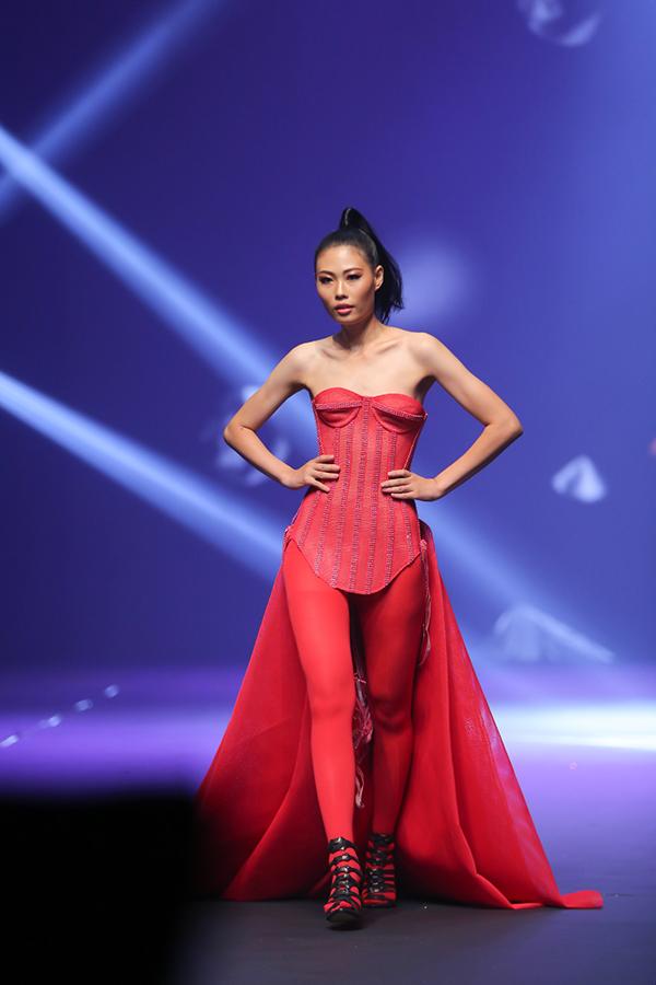 Chung kết Next Top Model gây thất vọng vì các rổ sạn, thúng lỗi