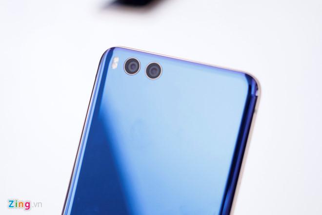 Ảnh Xiaomi Mi Note 3: RAM 6 GB, camera kép giá 380 USD