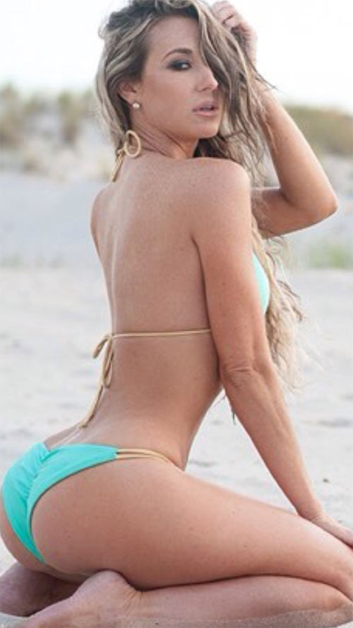Ngôi sao của Hoa hậu Siêu vòng 3 Brazil cực khổ để có bàn tọa nhấn chìm tất cả