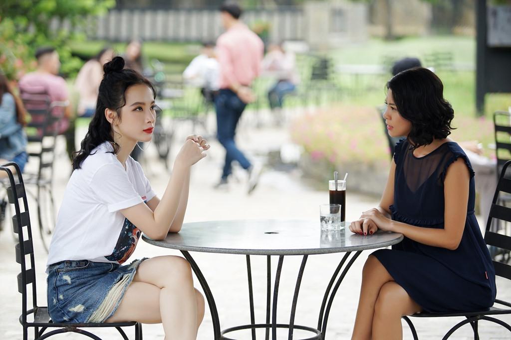 Thời trang biến hóa của Angela Phương Trinh trong Glee