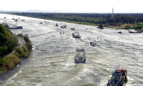 200.000 người Trung Quốc sơ tán trước bão