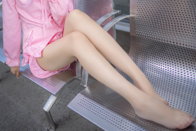 Cosplay bé gái Sagiri Izumi cực dễ thương đốn tim game thủ Việt