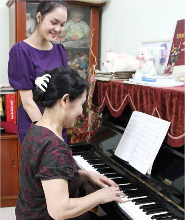 Diễn viên Nhật ký Vàng Anh và dàn sao Việt ở nhà tập thể đơn sơ