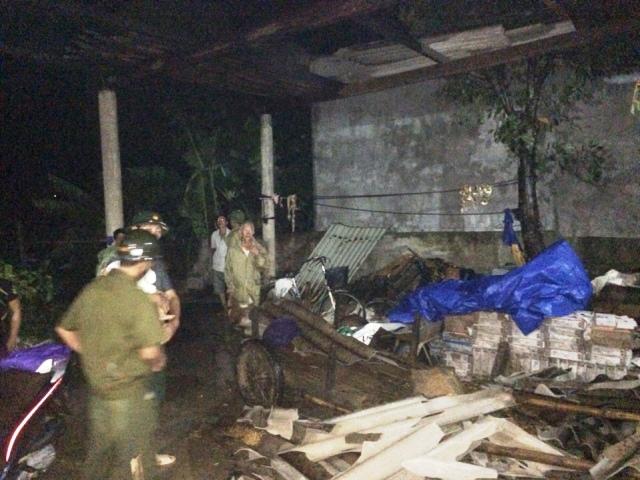 Hà Tĩnh: 134 nhà dân bị tốc mái, 1 người tử vong do giông sét