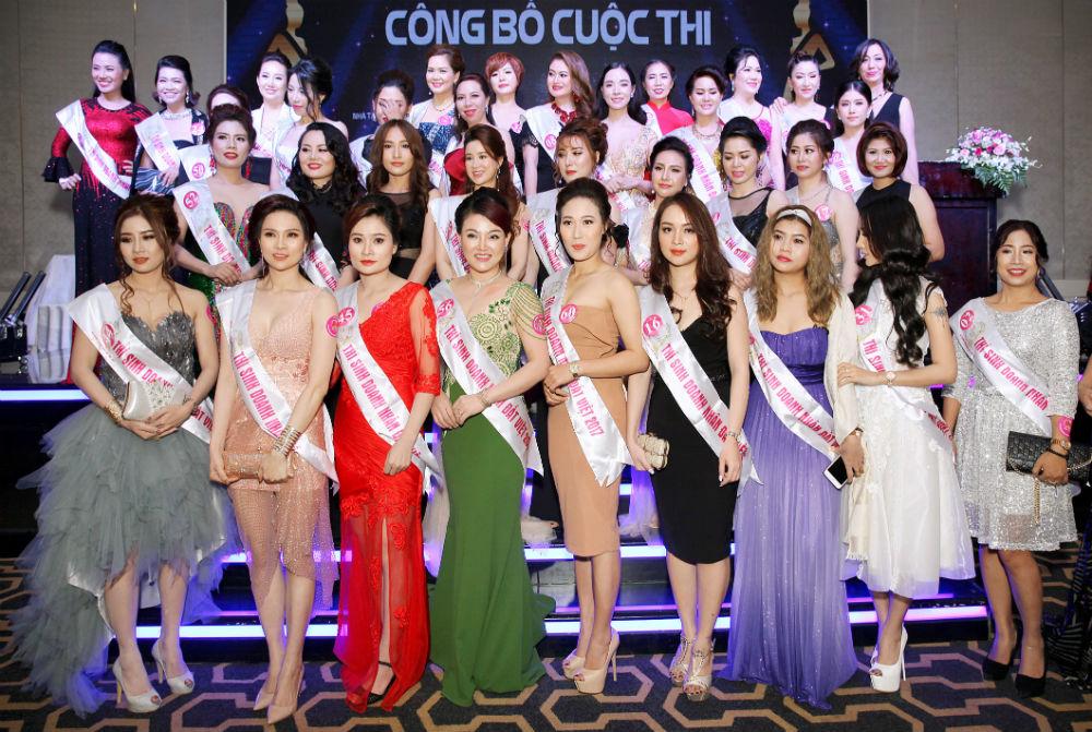 Sau ồn ào với CS Phương Thanh, Lâm Khánh Chi được hôn phu đưa đi dự sự kiện