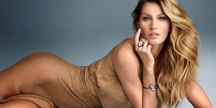 Vẻ đẹp của siêu mẫu từng có thu nhập cao nhất thế giới