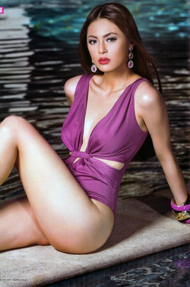 Mỹ nữ Philippines mặc áo tắm bạo dạn, khoe vòng 3 bốc lửa