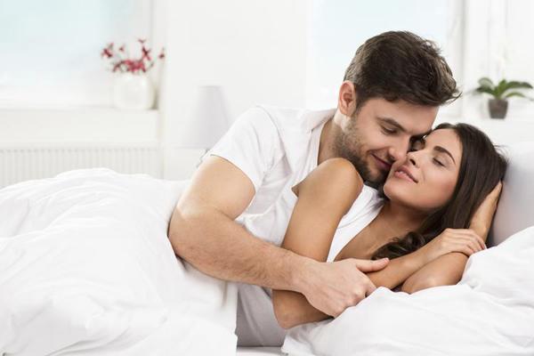 Trên 72% phụ nữ khẳng định họ chỉ cần duy nhất hai điều để thỏa mãn hơn khi 'yêu'