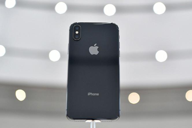 Những tính năng iPhone X sao chép từ điện thoại Android