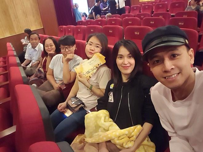 Ngày nghỉ lễ các sao Việt làm gì?