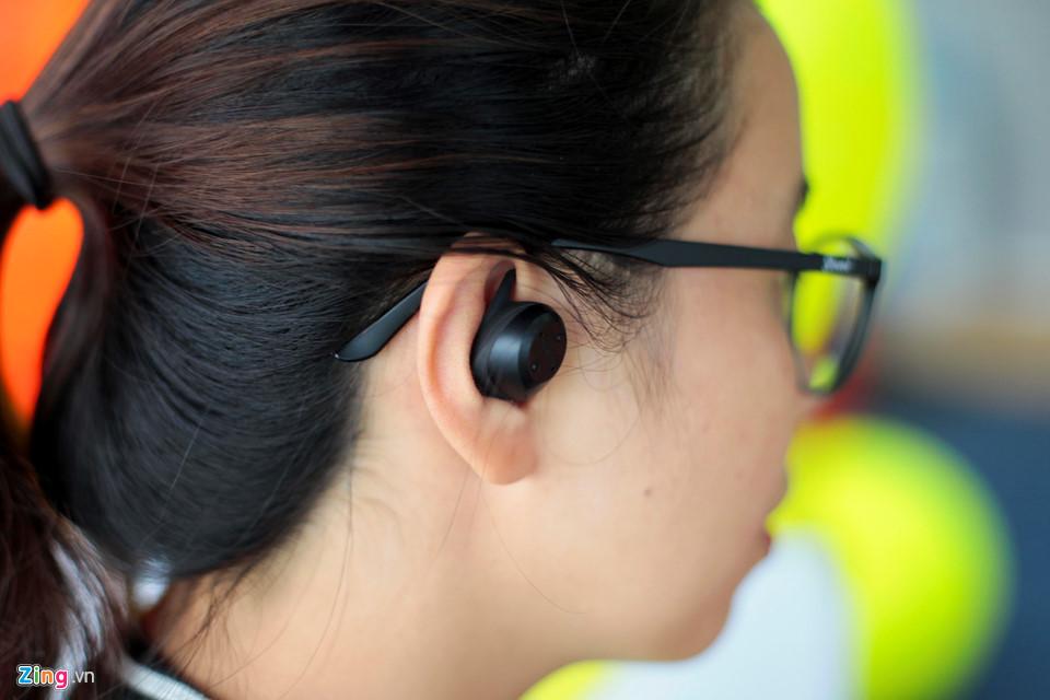 Tai nghe Elite Sport - đối thủ của Apple AirPods tại VN