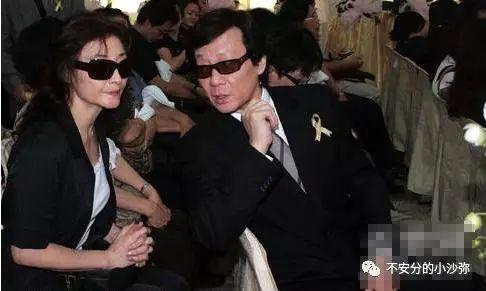 Nam diễn viên có hai vợ chung sống hòa thuận như chị em một nhà