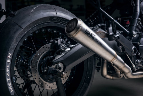 Ngắm Ducati Scrambler Sixty 2 độ màu anh đào đẹp mê ly