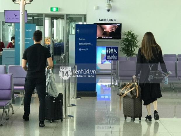 Vừa trở về từ Paris, Hà Hồ - Kim Lý tiếp tục bị bắt gặp diện đồ đôi cùng nhau lên đường sang New York