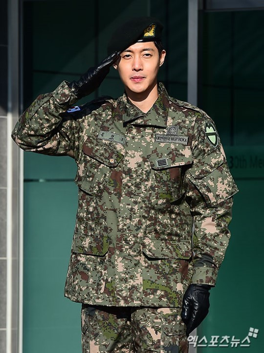 Kim Hyun Joong trở lại làng giải trí sau scandal đánh phụ nữ