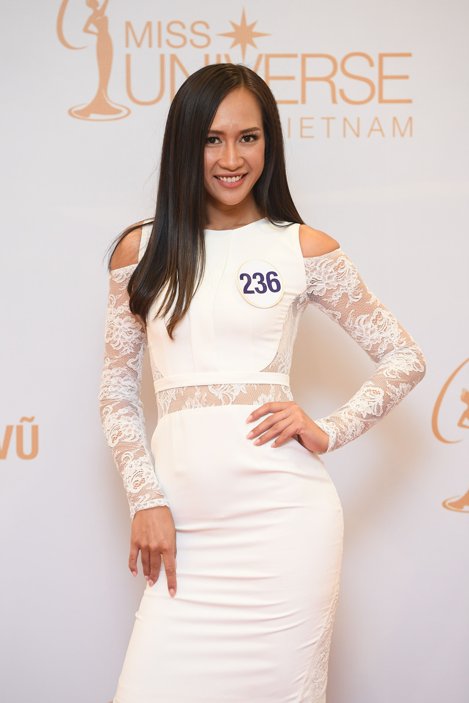 Hoa hậu Hoàn vũ VN: Mâu Thủy vào bán kết, Hoàng Thùy vẫn mất tăm