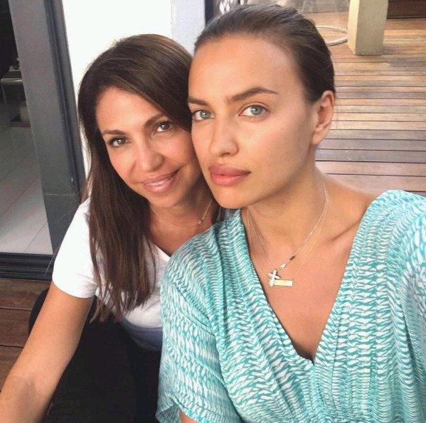 Loạt ảnh đời thường vô cùng xinh đẹp của Irina Shayk