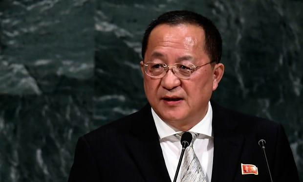Bên cạnh Kim Jong-un có một người đủ khả năng ngăn chiến tranh Triều Tiên - Hình 1