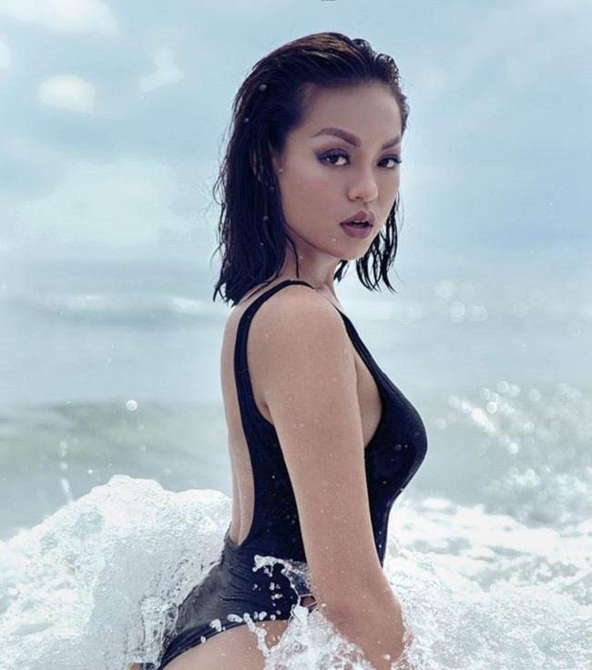 Nhờ đâu 4 mỹ nữ Việt nóng bỏng này có vòng ba hơn 1 mét?