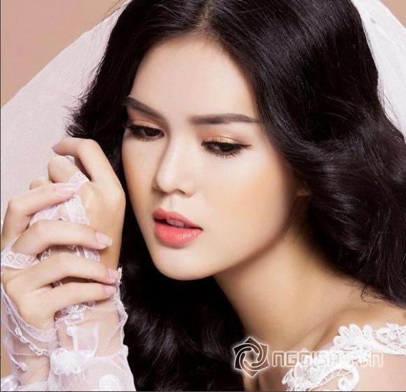 Bản sao của Ngọc Trinh gây bất ngờ khi đi thi Hoa hậu Hoàn vũ Việt Nam 2017
