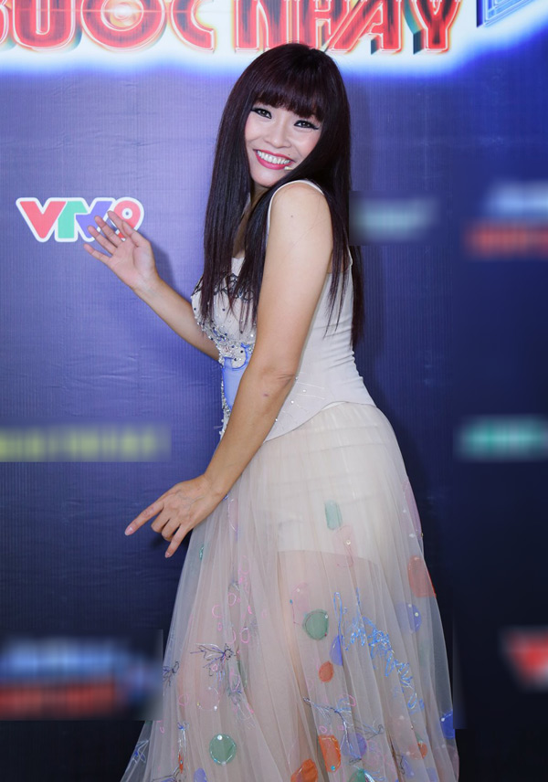 """Cặp đôi Hồ Quang Hiếu, Bảo Anh lần đầu """"đọ"""" sức hút trên sóng truyền hình"""