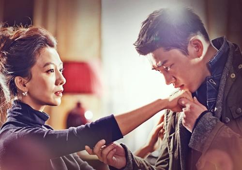 Xu hướng mỹ nhân Hàn yêu đàn em thua chục tuổi trên phim - Hình 1