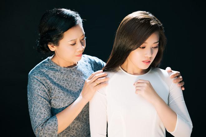 Sao Mai Thu Hằng làm MV tặng mẹ nhân mùa Vu Lan báo hiếu