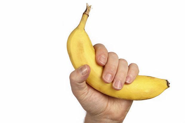 Nhìn ngón tay có thể đoán biết kích cỡ cậu bé hay không?