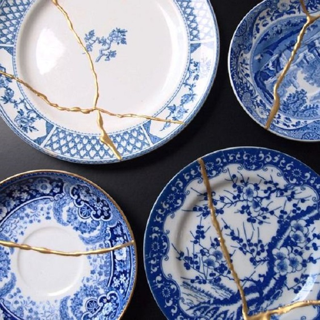 Bát đĩa vỡ có giá hàng chục triệu nhờ ý tưởng phục chế khó tin kiểu Nhật
