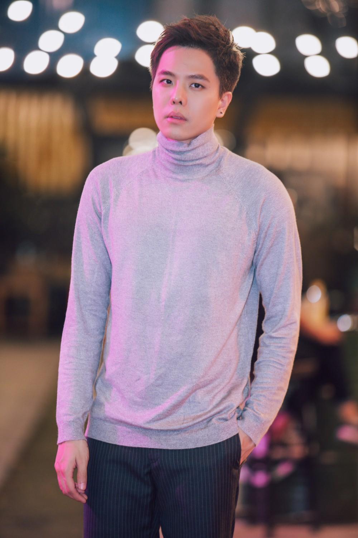Biết bạn gái phản bội, hacker Trịnh Thăng Bình vẫn bất chấp yêu đến mức bị bắn chết trong MV mới
