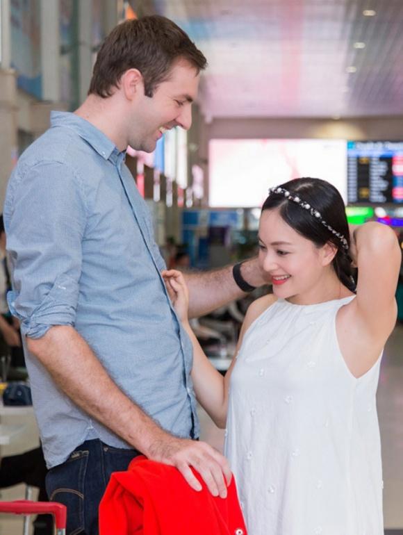 Diễn viên Lan Phương tiết lộ đã đính hôn, lộ vòng hai to bất thường