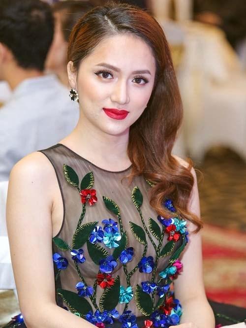Hương Giang Idol: Mỹ nhân chuyển giới có gout thời trang nóng bỏng nhất Showbiz Việt