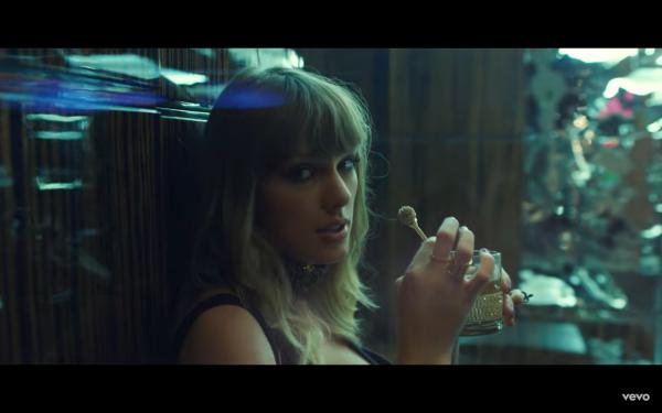 MV mới quẩy xuyên màn đêm với Ed Sheeran của Taylor thật sự cần thêm 'muối'