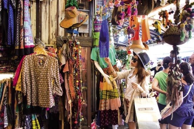 Những khu mua sắm giá rẻ bất ngờ ở Bangkok mà bạn tuyệt đối không nên bỏ qua