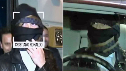 Ronaldo cải trang trêu đùa phóng viên