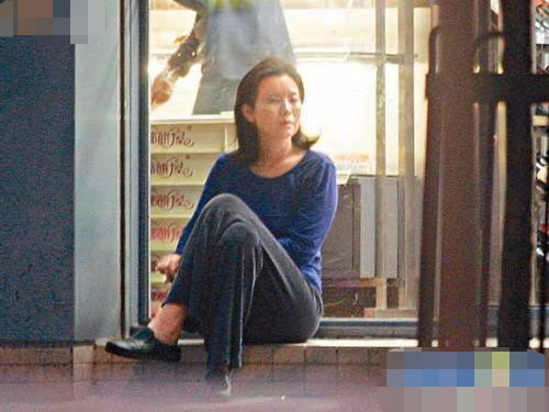 Ngọc nữ Hong Kong bị cưỡng hiếp phát điên, sống lang thang đường phố: Tôi chỉ tin Lưu Đức Hoa!