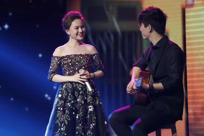Phản ứng của Hòa Minzy khi gặp lại Giang Hồng Ngọc sau ồn ào chơi xấu đồng nghiệp