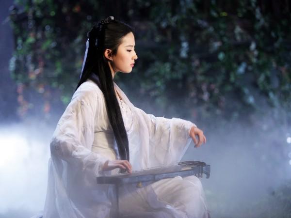 Tân Thần Điêu Đại Hiệp gây hoang mang khi úp mở chuyện Tiểu Long Nữ con lai?