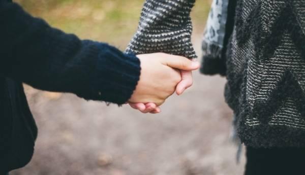 Dù thế nào, em vẫn sẽ ghen với mọi mối tình cũ của anh