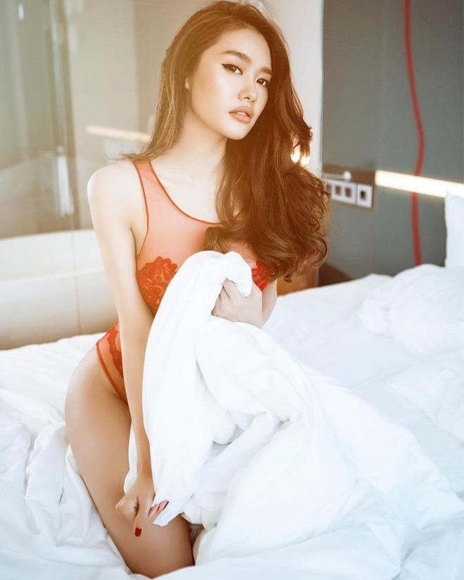 """Người mẫu Linh Chi: Tôi kiếm vài đến chục ngàn đô la khi dự sự kiện"""""""