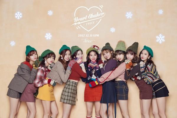 TWICE dẫn đầu thương hiệu nhóm nữ tháng 1, phá kỷ lục nhận cúp tại 'Music Core'