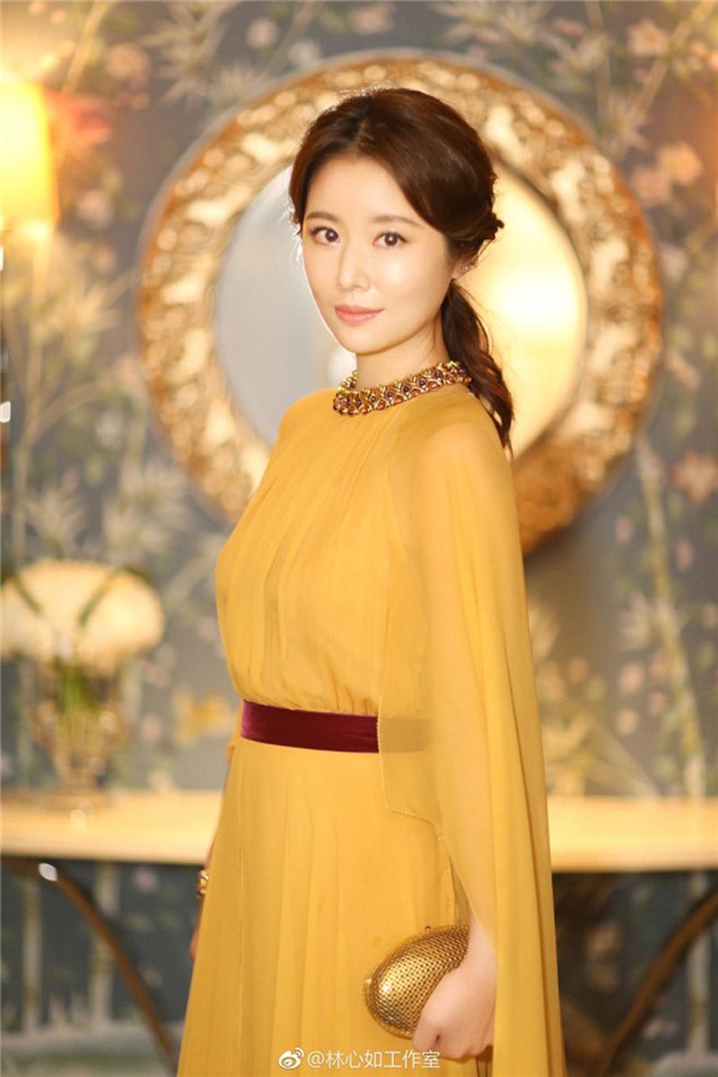 Các gái một con trông mòn con mắt còn không học ngay gu thời trang của Lâm Tâm Như!