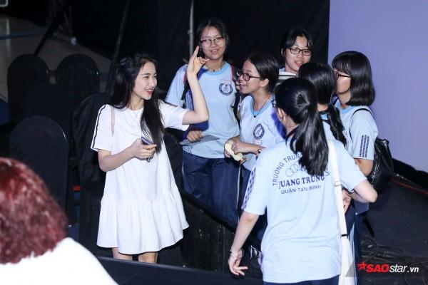 Ali Hoàng Dương lần đầu hát bolero, Hoài Lâm hỗ trợ Hoà Minzy đêm Chung kết Cặp đôi hoàn hảo 2017