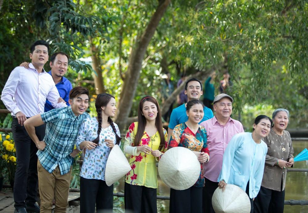 Đến phần thứ 3 của Cô Thắm về làng, Jun Phạm và Sam vẫn chưa đến được với nhau