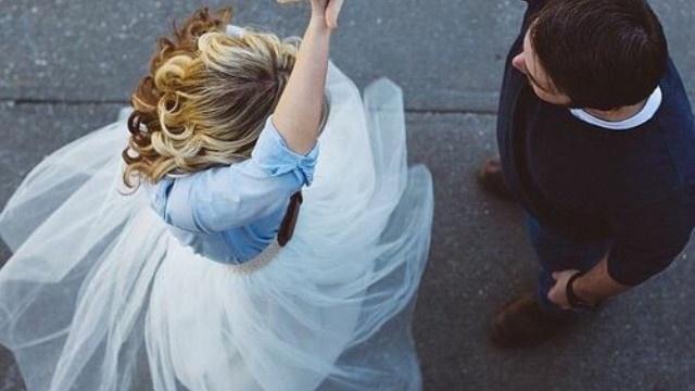Hôn nhân nhàn nhạt cũng chỉ vì có một người chồng vô tâm