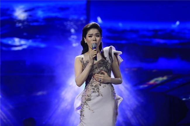 Khán giả xin Lệ Quyên tha cho nhạc Trịnh sau đêm Ru đời đi nhé
