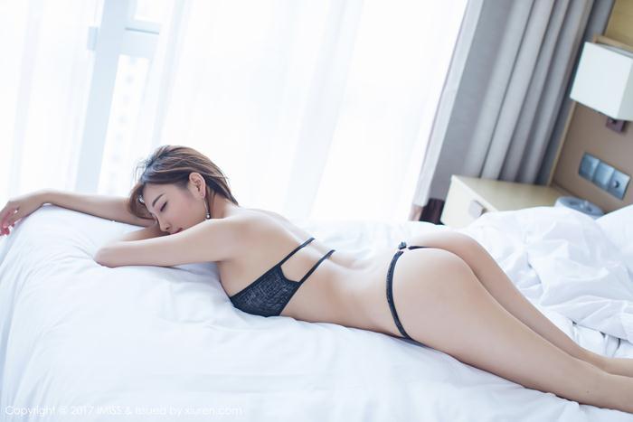 Điêu đứng với nét quyến rũ bén gọn của người mẫu Yang Chen Chen