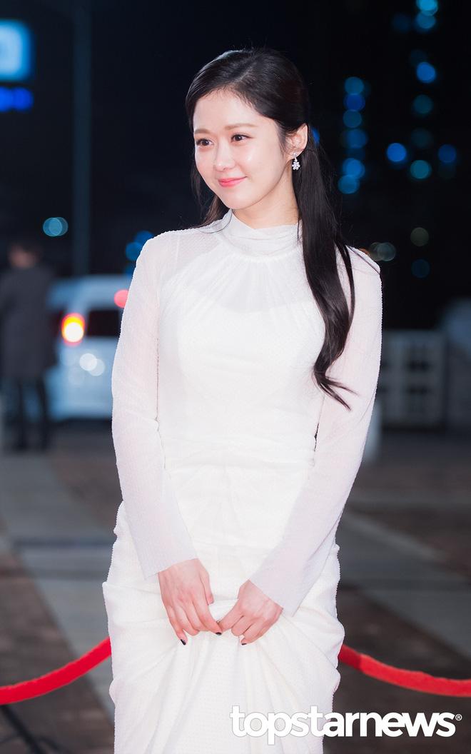 Mỹ nhân không tuổi Jang Na Ra sẽ trở lại với phim truyền hình cổ trang đình đám - Ảnh 3.